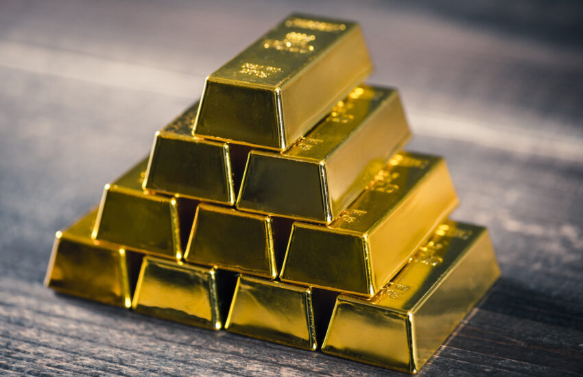 Are you interesting in investing in gold stocks? In this guide, we'll talk you through how to invest in gold. Read on for more.
